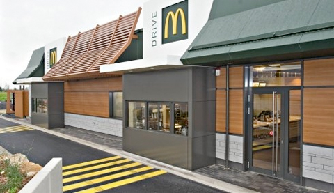 Mcdonald 39 s wird gr n frontandfrontand for Mcdonalds exterior design